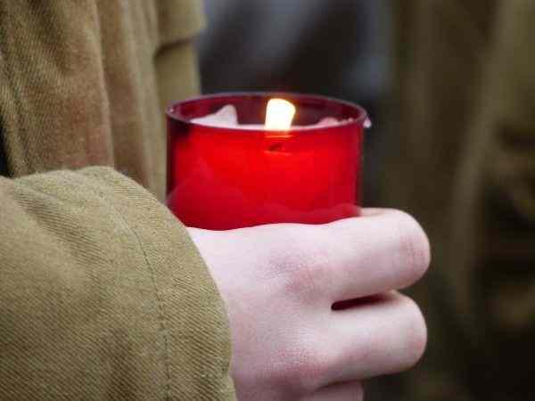 В День защитника отечества на остановке в Пензе умер мужчина