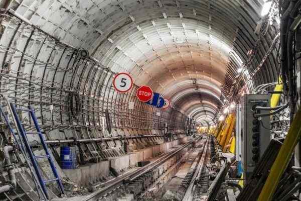 Власти Москвы обещают замкнуть Большое кольцо метро к концу 2022 года