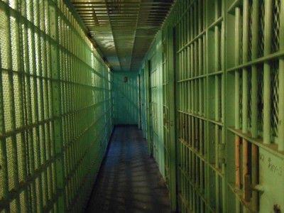 Тюремные надзиратели станут заключёнными из-за сексуальных домогательств