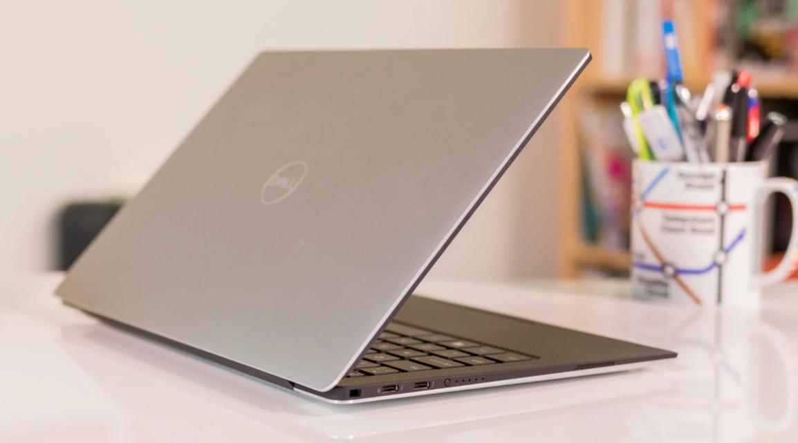 На русском рынке стартовали продажи ультратонкого ноутбука Dell XPS 13