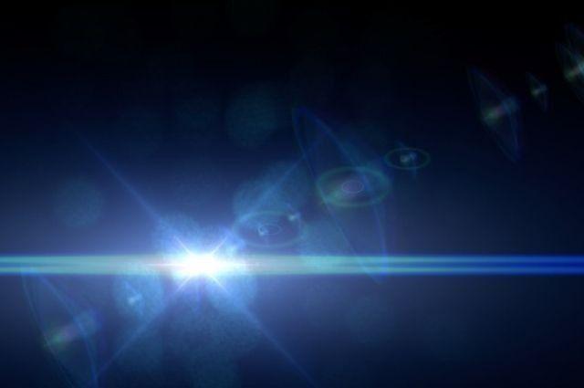 «Ядумала, метеорит упал»: красочная вспышка внебе испугала челябинцев ФОТО