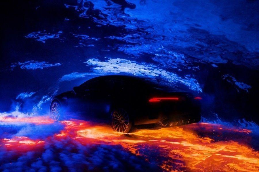 Benz продемонстрировал тизерные изображения нового купе AMGGT Coupe