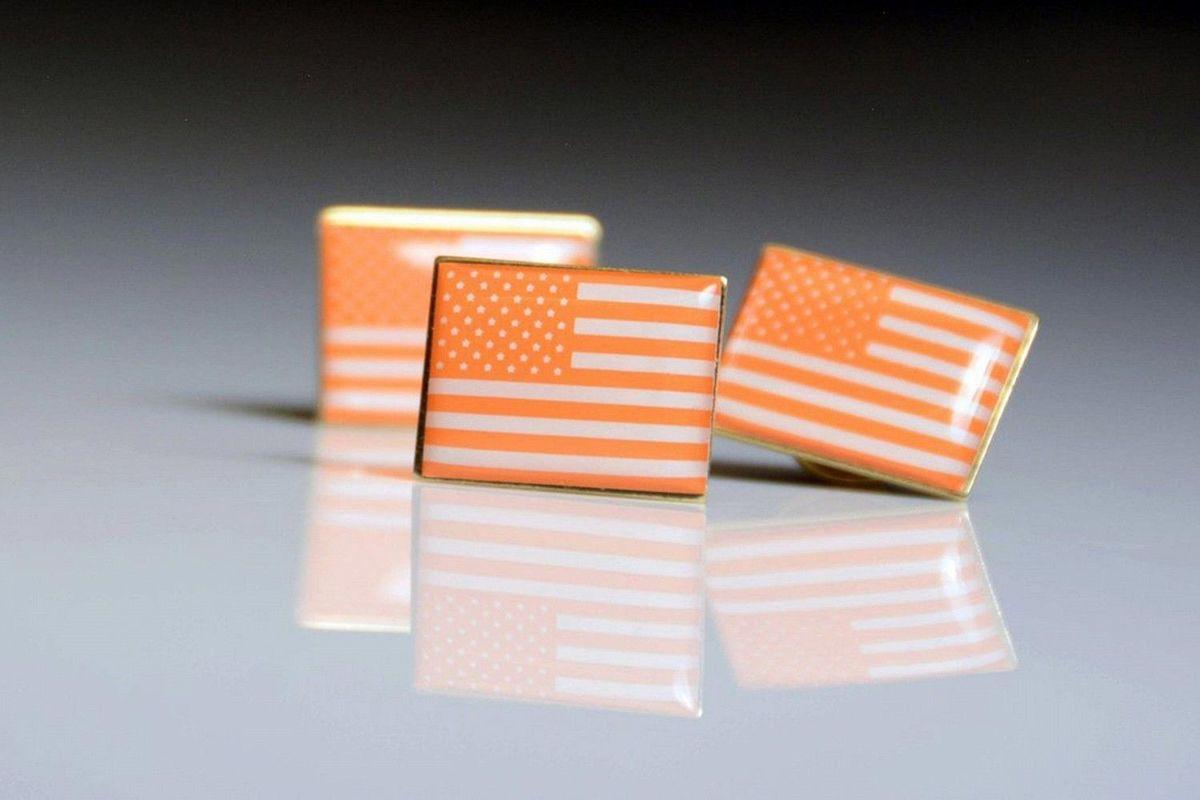 Звёзды на«Оскаре» наденут оранжевые значки против свободного владения оружием