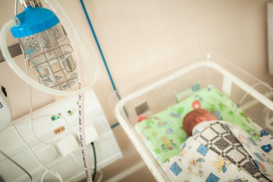 Челябинский роддом выплатит зазаражение малыша стафилококковой инфекцией неменее 100 000 руб.