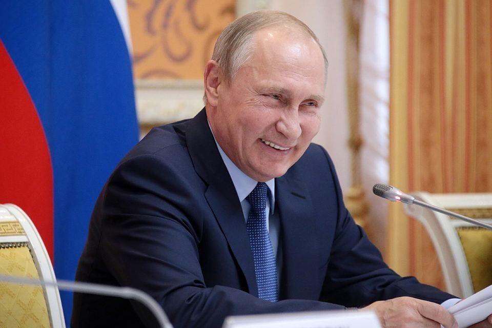 Путин прокомментировал фото верхом намедведе