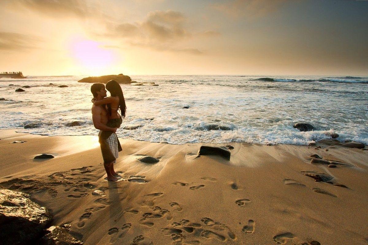 Фото секса на пляже мужчина и женщина