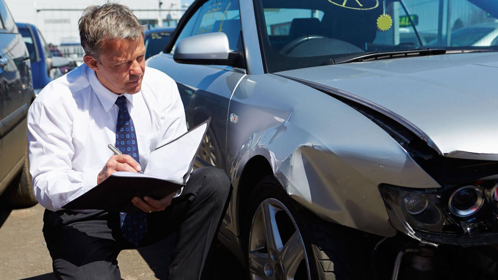 Эксперты всфере автомобилей поведали, какие повреждения при ДТП считаются небольшими