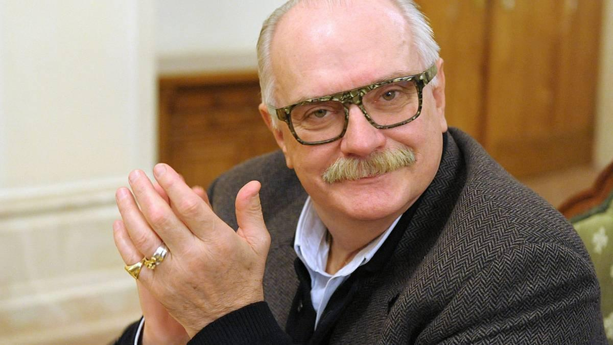 Михалков поведал  о состоянии здоровья  после падения вНижнем Новгороде