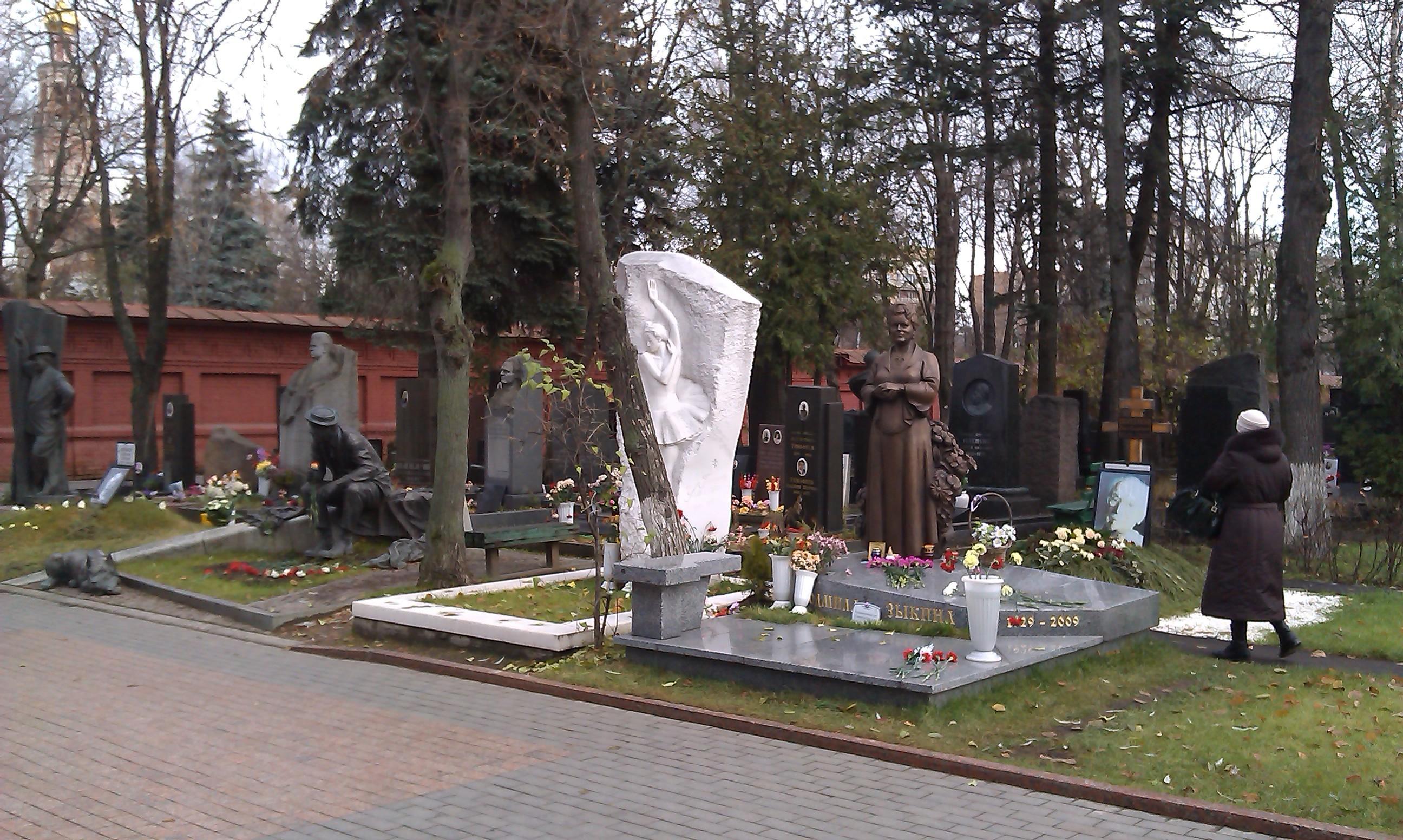 Накладбищах Омска напротяжении 5-ти дней будут стоять биотуалеты