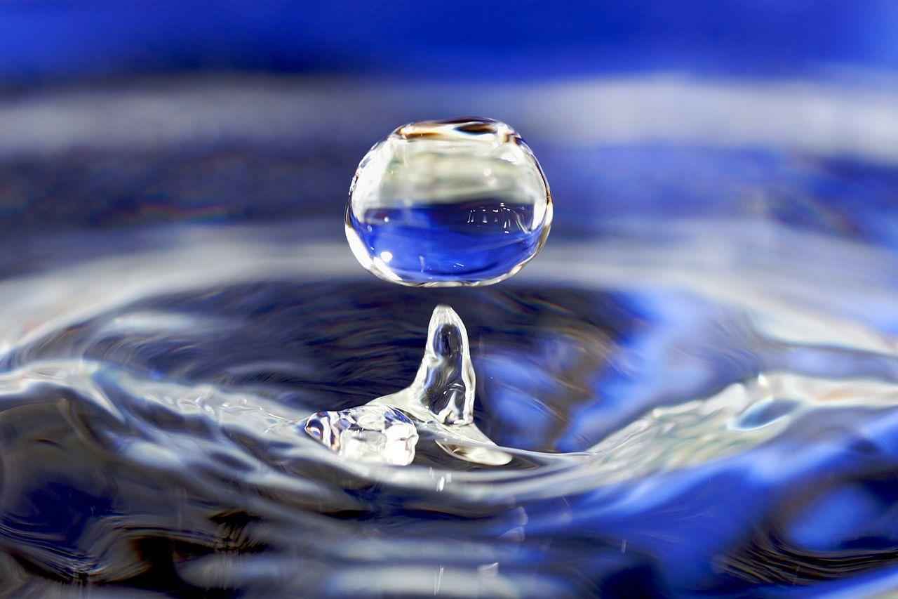 Американские учёные научились получать воду извоздуха вусловиях пустыни