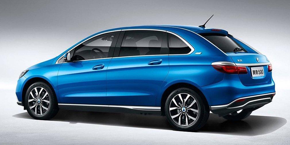 Daimler продемонстрировал китайский электромобиль Denza 500