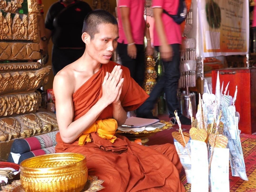 ВТаиланде молодая девушка скончалась вовремя «магического» обряда