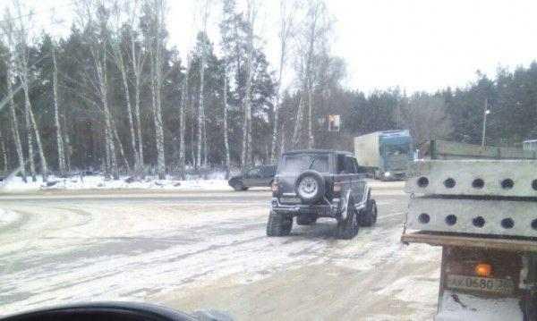 В Воронеже замечен необычный внедорожник с треугольными гусеницами