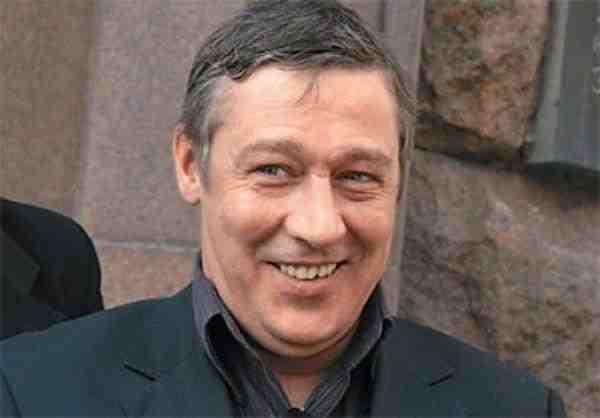Ефремов рассказал о причинах возникшего скандала в театре Саратова