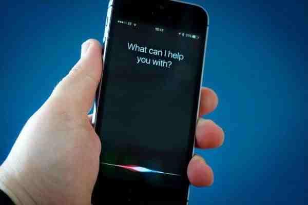 Норман Винарски назвал глупым свой голосовой ассистент Siri