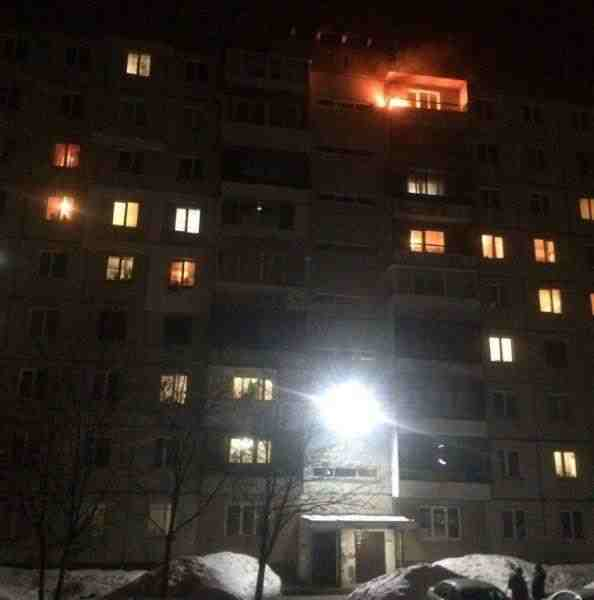 В Кемерове из-за петарды загорелся балкон