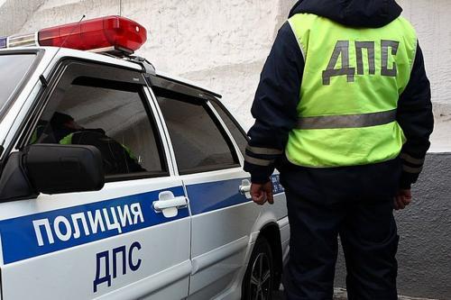 Житель Воронежа вытащил полицейских из снежной ловушки