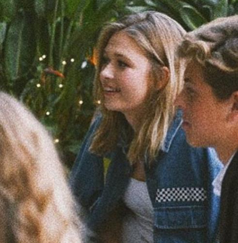 17-летняя дочь Веры Брежневой стыдится показывать тёплые отношения с мамой