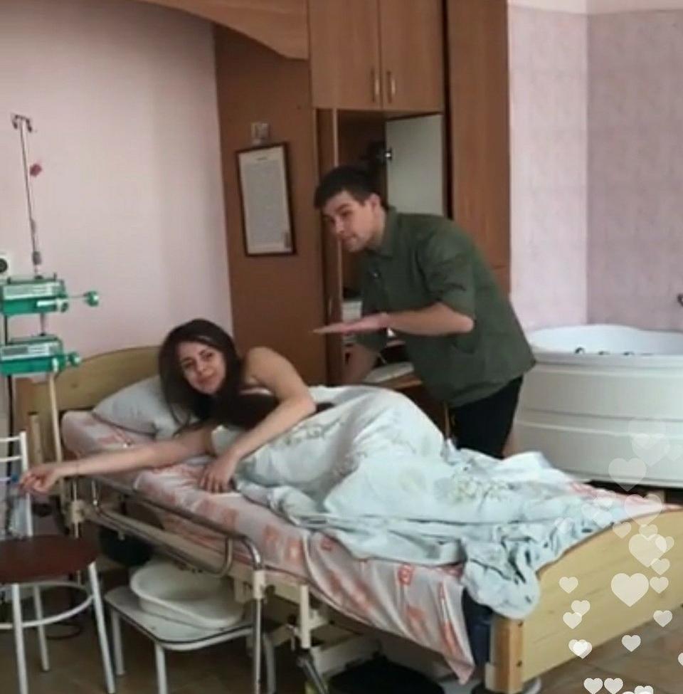 Звезда «Дома-2» Ольга Рапунцель транслировала свои роды онлайн