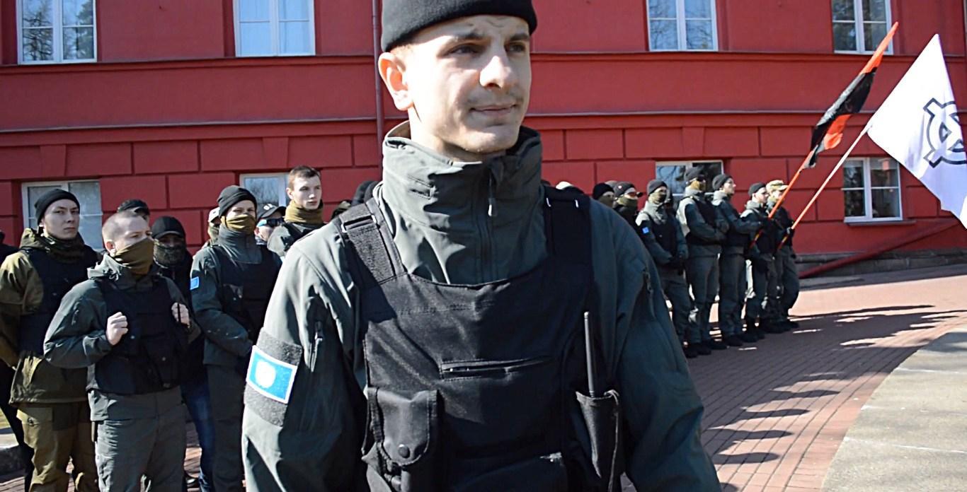 Украинские радикалы создали патруль для борьбы спасхальными куличами