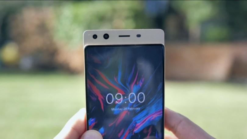 Китайская Doogee создала прототип безрамочного смартфона-слайдера
