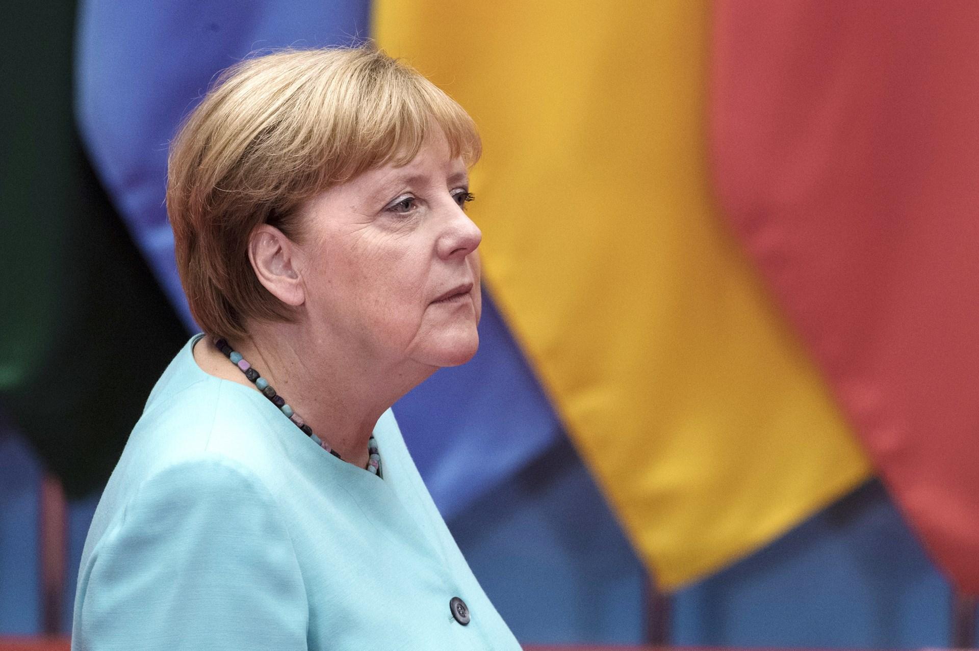 Свыше 60% граждан Германии недовольны работой руководства Меркель