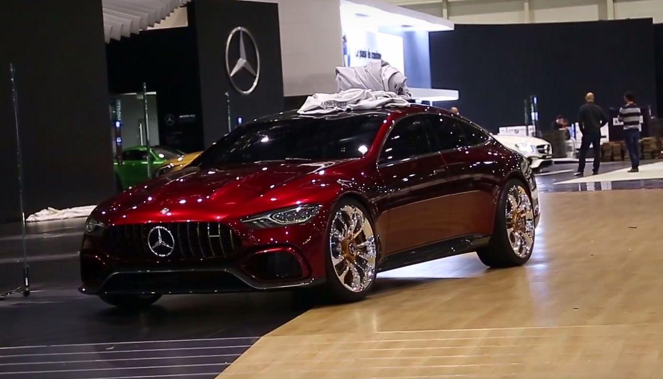 Вглобальной паутине появились новые фотографии Mercedes-AMGGT 4-Door Coupe