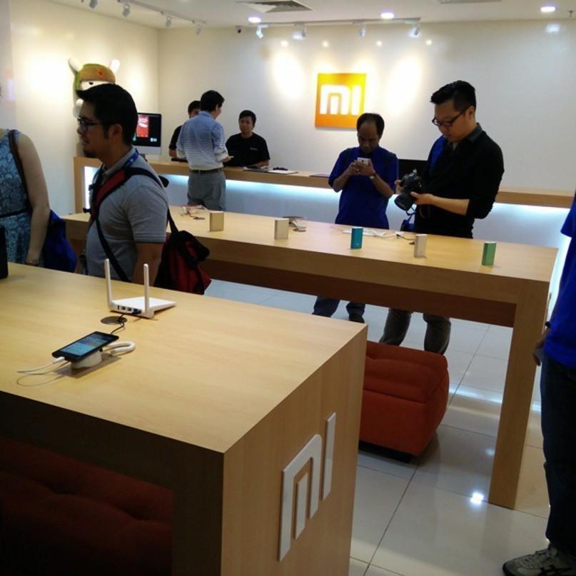 Размещен официальный тизер Xiaomi Mi6X всинем цвете