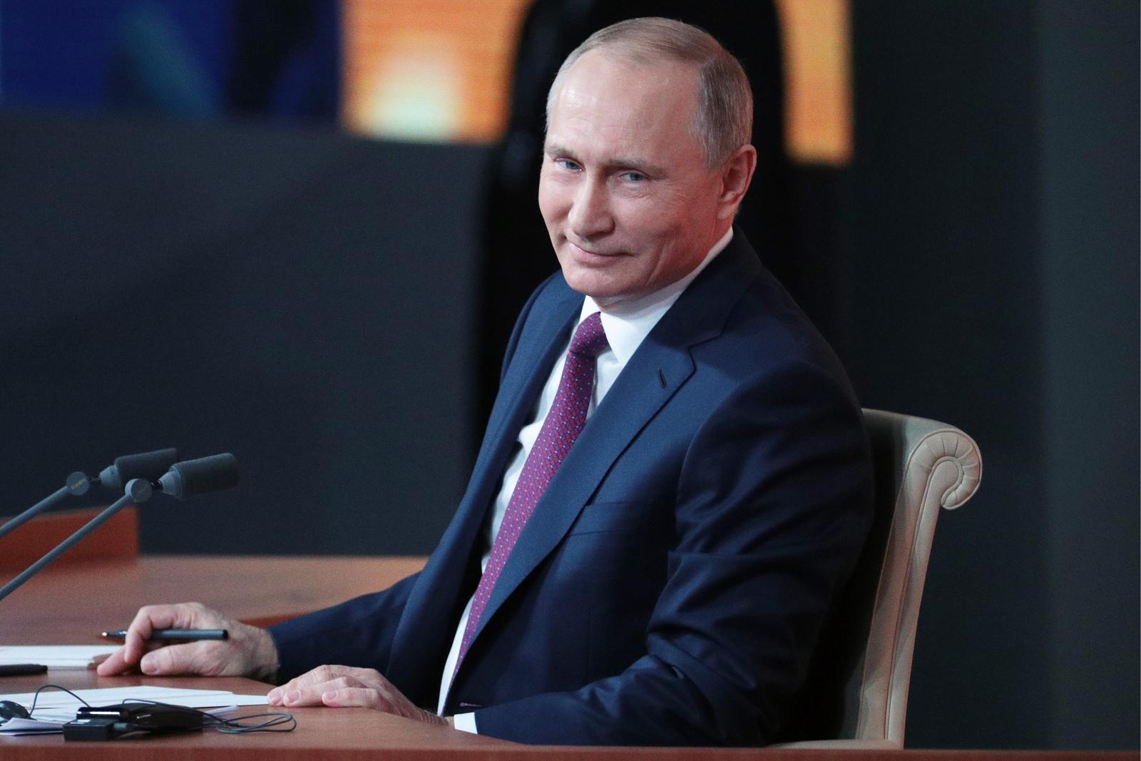 Путин поздравил Саргсяна совступлением вдолжность премьера Армении