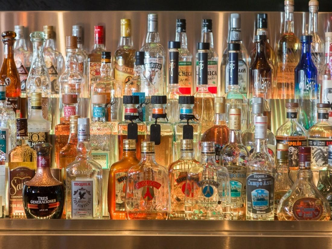 Столичные магазины перед майскими праздниками проверят наналичие контрафактного алкоголя