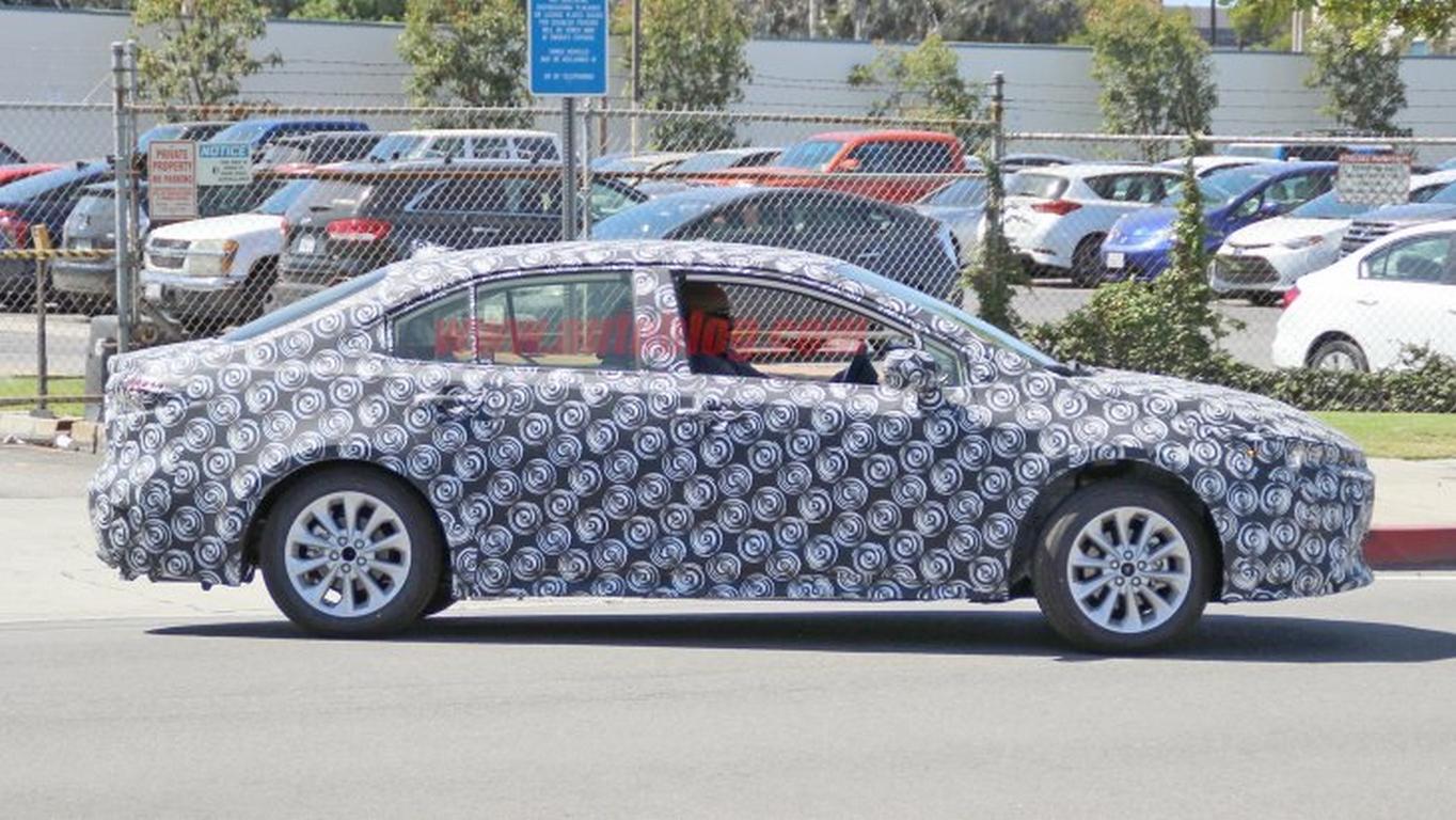 ВСША засняли прототип свежей Тойота Corolla