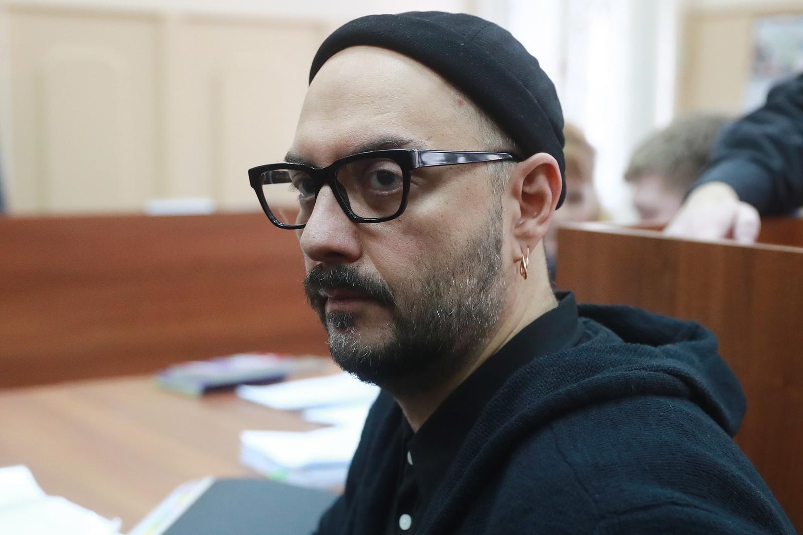 Режиссеру Кириллу Серебренникову продлили домашний арест
