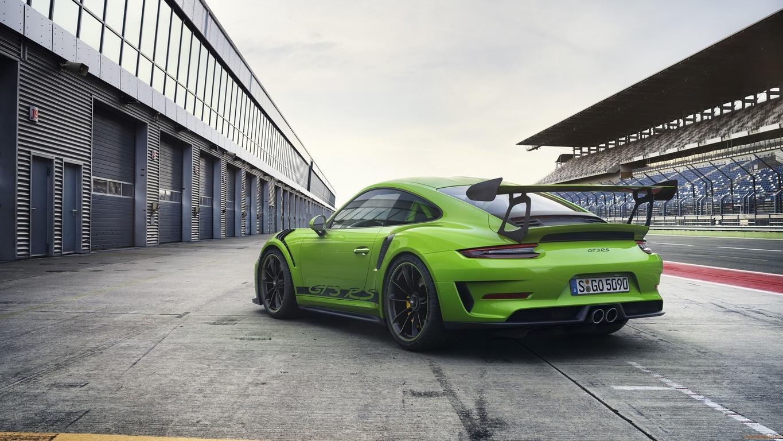 Порше 911 GT3 RSустановил новый рекорд на«Нордшляйфе»