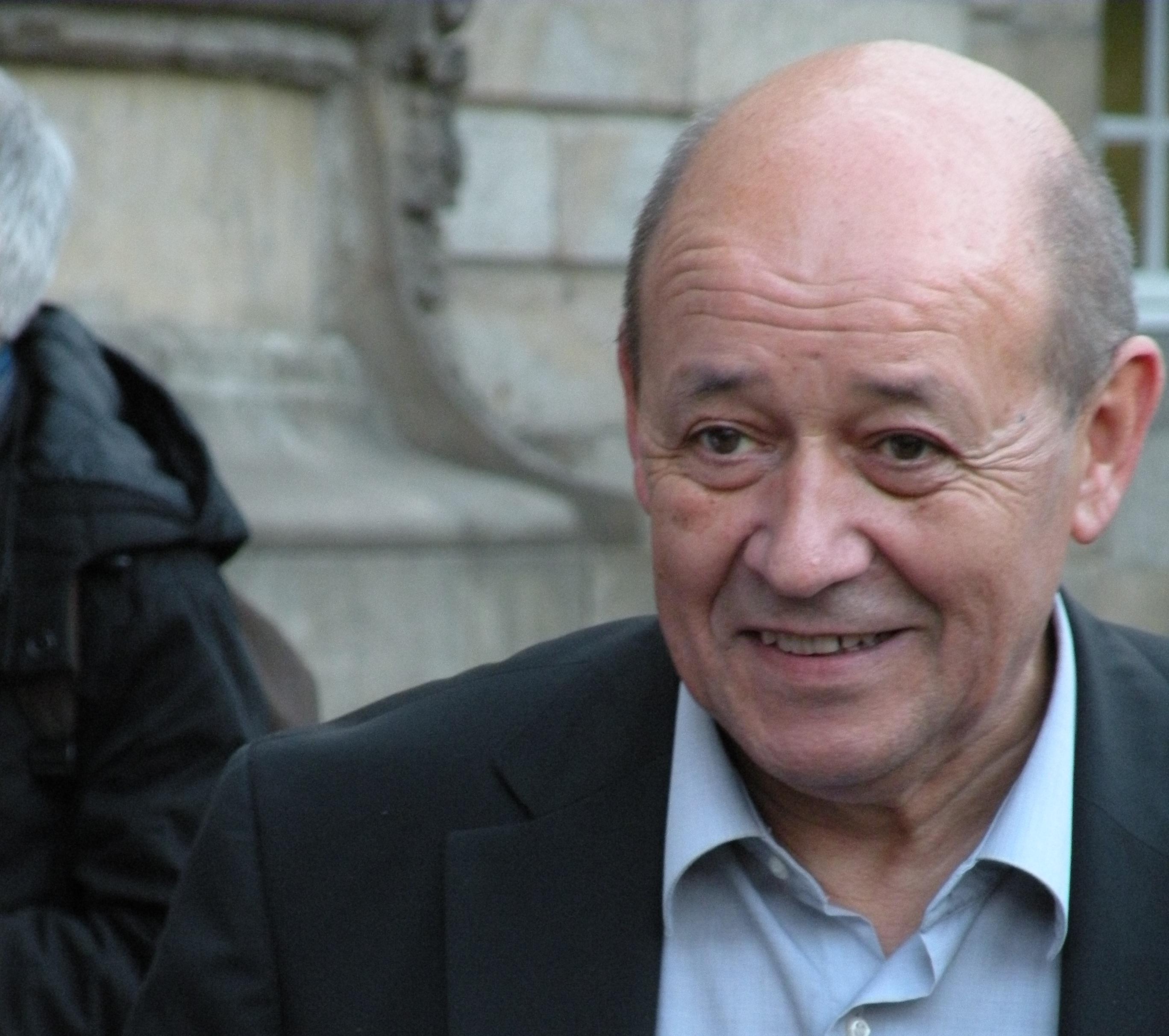 ВМИД Франции предъявили громкие обвиненияРФ из-за химической атаки вДуме