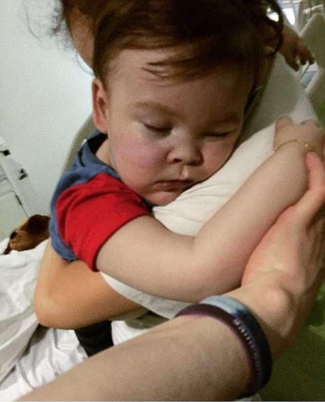В Англии скончался тяжелобольной ребенок Элфи Эванс