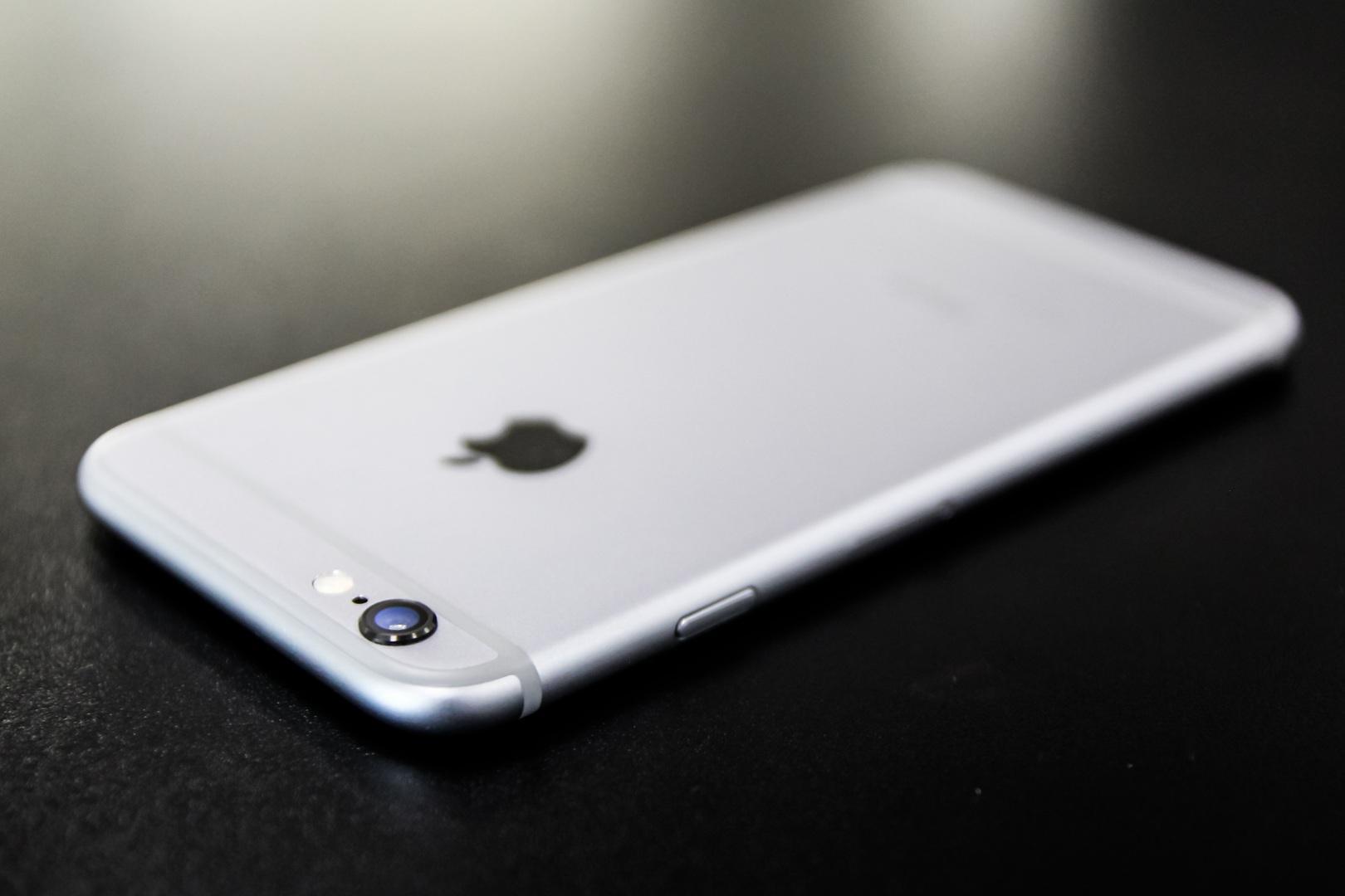 Смартфон iPhone 6 упал вцене  докритической отметки в Российской Федерации