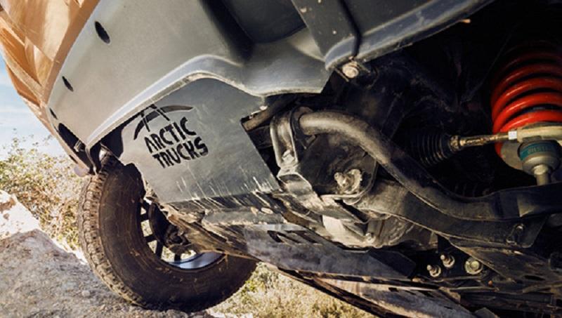 ВБирмингеме представлена экстремальная версия пикапа Ниссан Navara Arctic Trucks