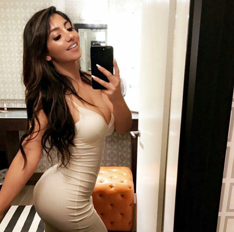Самая сексуальная девушка контакта — 12