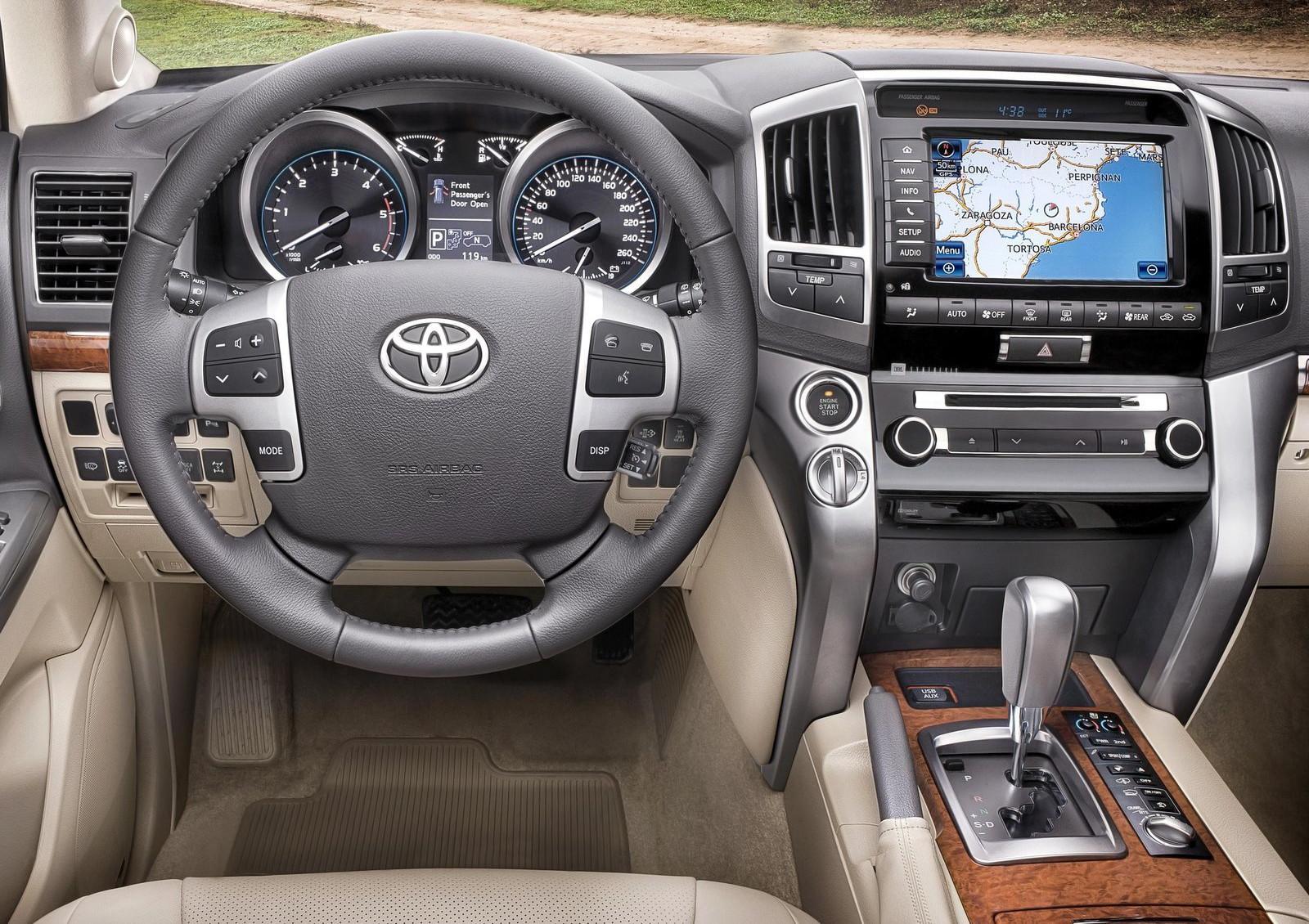Специалист рассказал обопасности старта автомобиля со 2-ой передачи