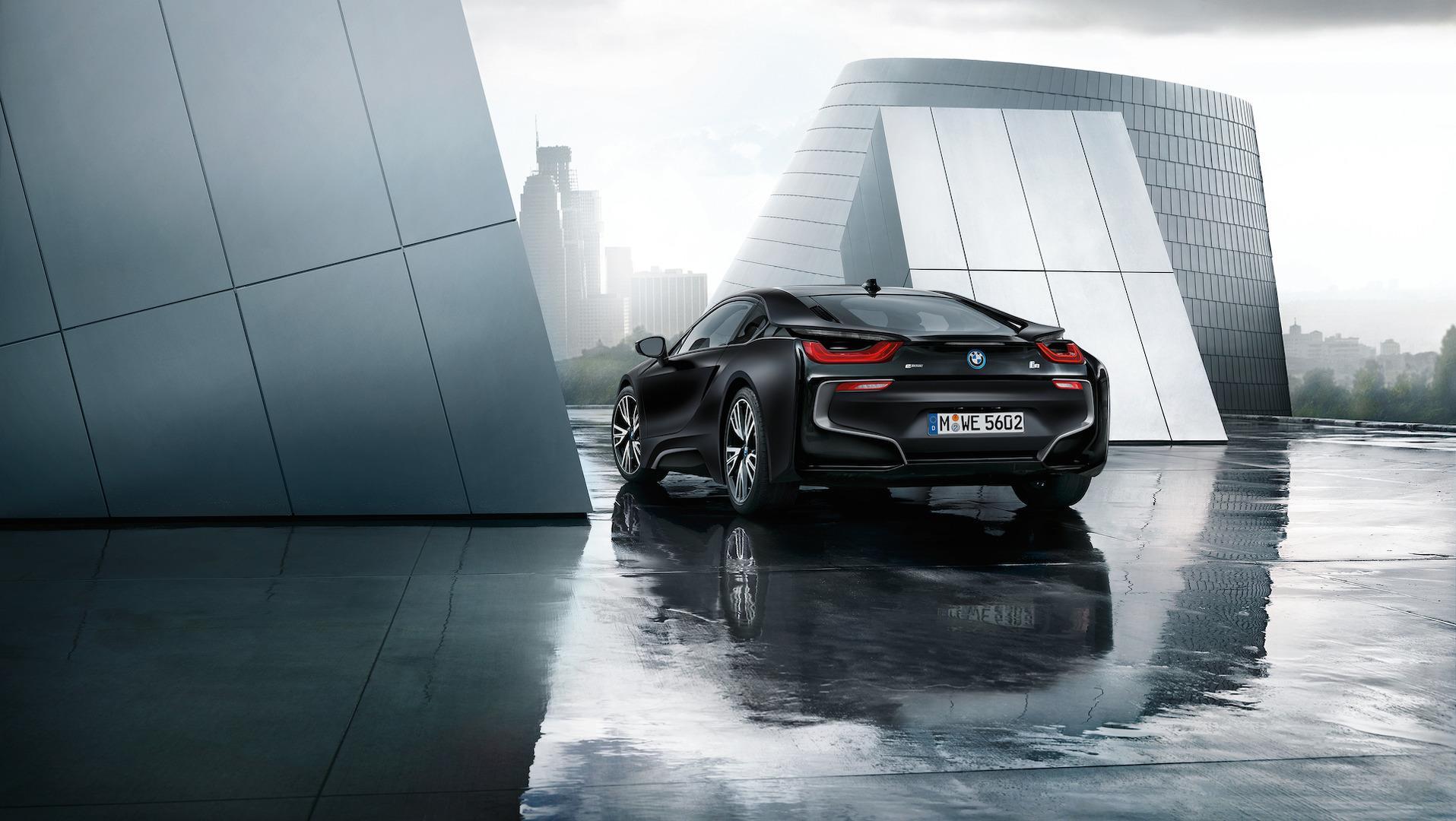 БМВ активирует клиентов покупать новый i8 Roadster