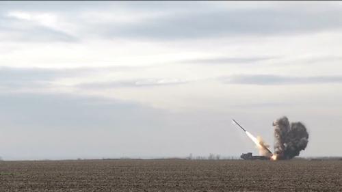 Порошенко: Украина начнет серийное производство ракет