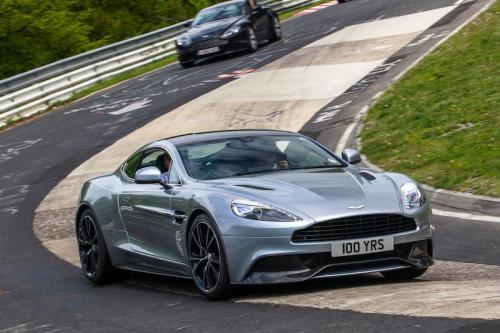 Aston Martin Джеймса Бонда продали в Нью-Йорке за 468 500 долларов