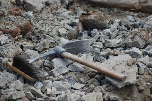 В Ростовской области нашли уникальную черепицу и другие древние предметы