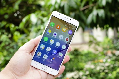 Samsung выпустит 2 новых Galaxy S8  включая модель с двойной камерой