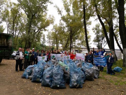 В Новокузнецке свалки с мусором обозначать смайлами