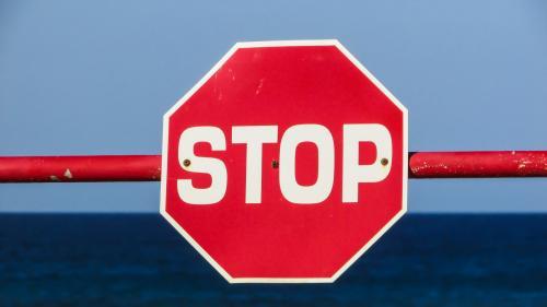 Арестованное в ОАЭ судно «Crystal East» из России подало сигнал SOS