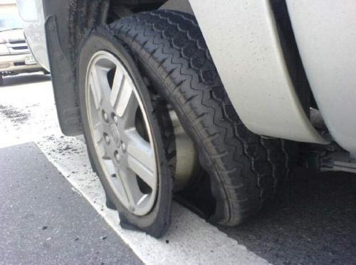 Аварийная ливневка снова уродует машины в Сызрани