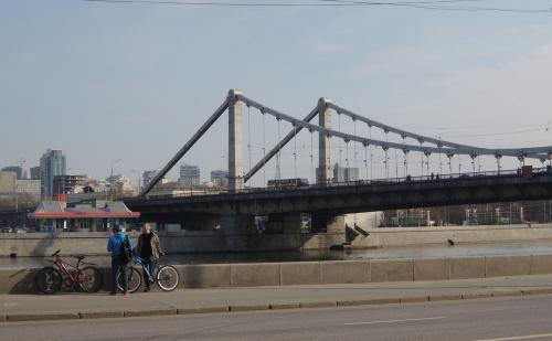 Во второй половине мая откроется движение по Крымскому мосту