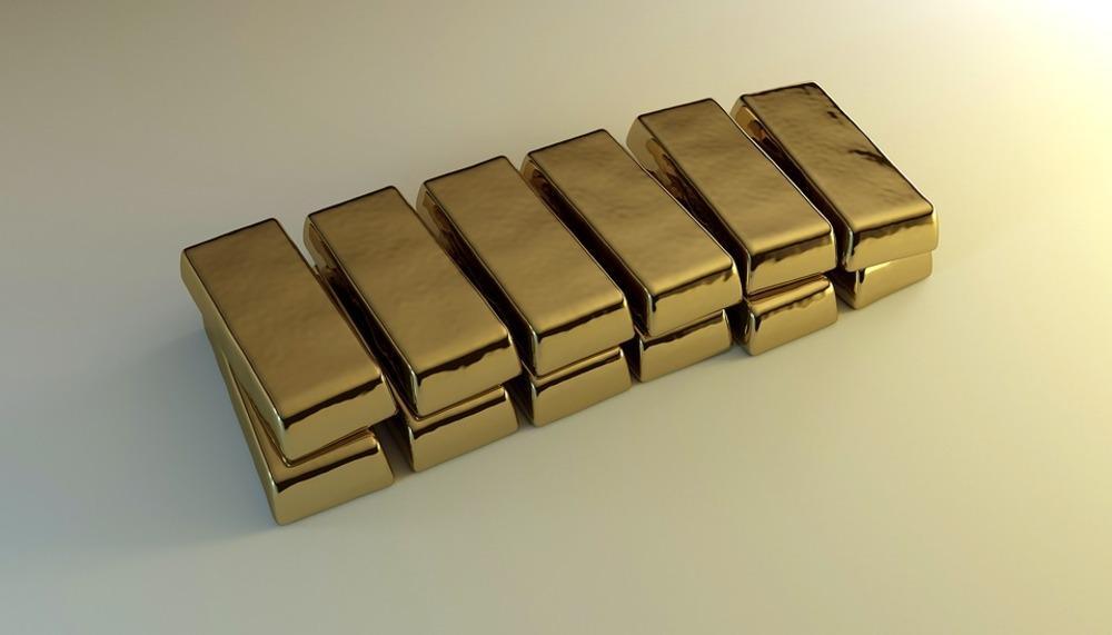 Уборщик отыскал золотые слитки вмусорном баке сеульского аэропорта