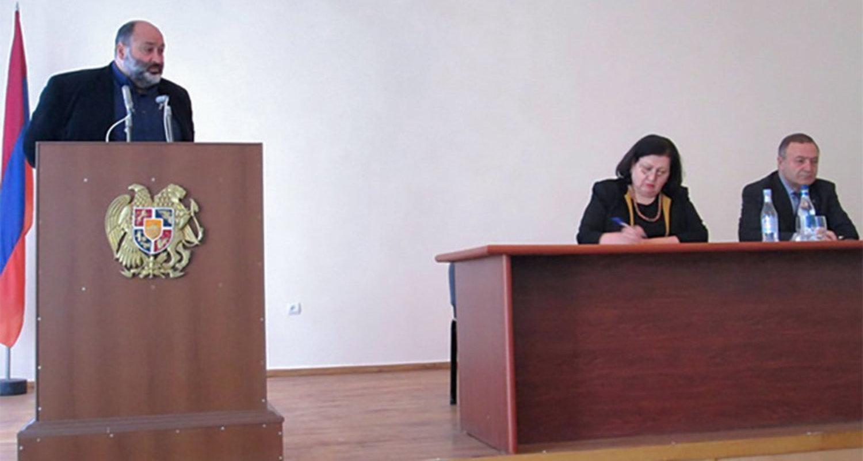 Замминистра территориального управления тоже подал вотставку